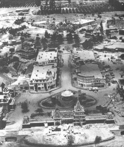 disneyland_old_pic,walt disney