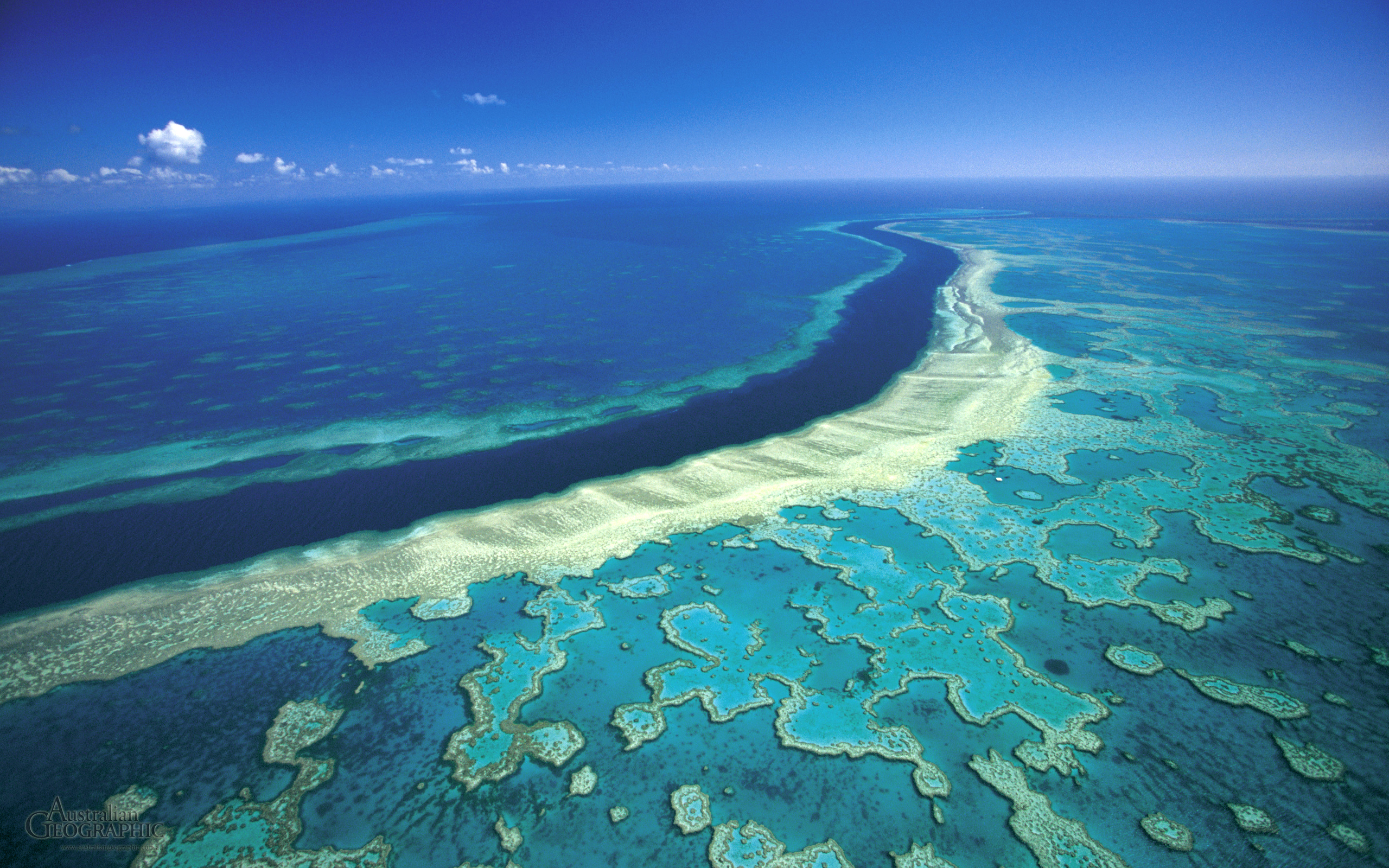 beautiful places to visit, australia, great barrier reef
